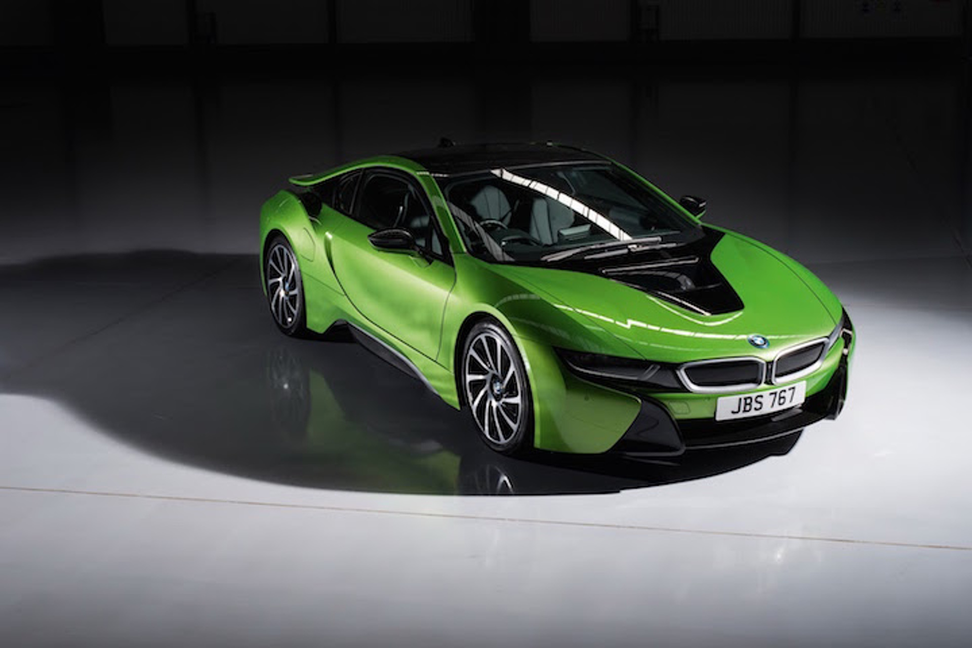 Drive the Rainbow With New BMW i8 Colors Purple, Yellow