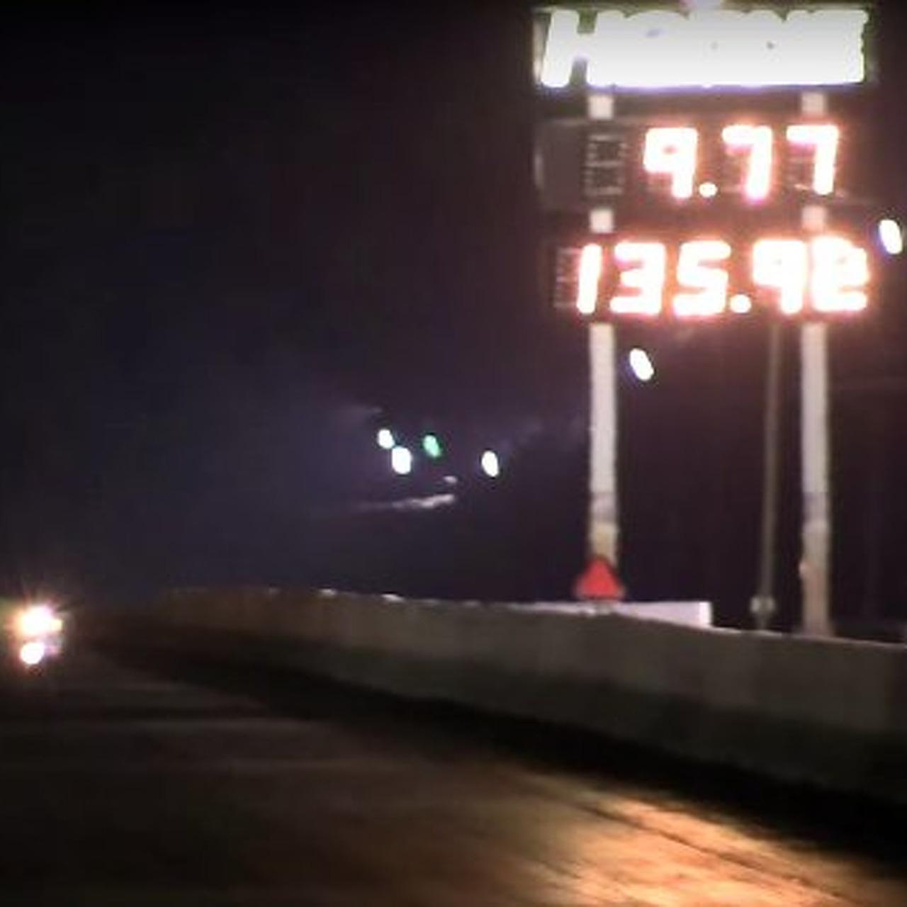 Watch a Challenger Hellcat Put up a Record Quarter Mile
