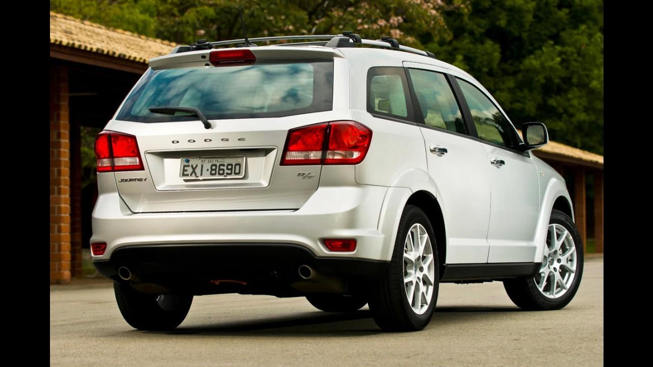 Dodge Journey ganha tração integral na versão R/T por R$ 129,9 mil