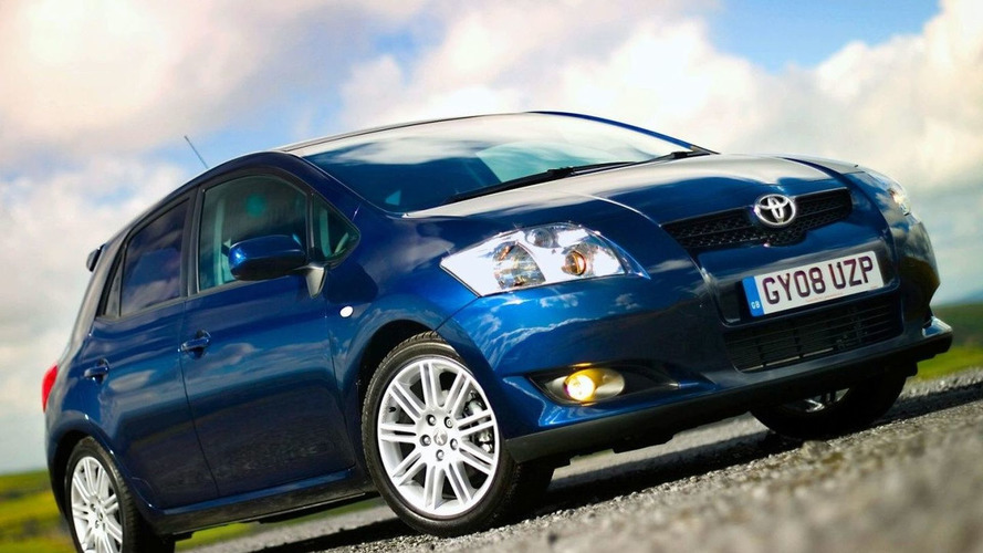 Toyota announces Auris Hybrid to be built in UK