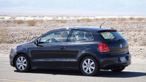 2014 Volkswagen Polo facelift spied in Death Valley