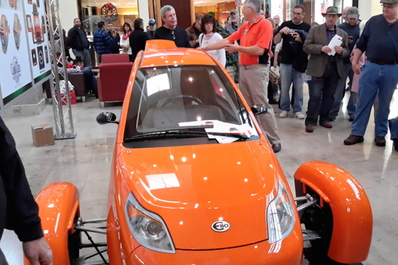 Elio Stops Off in North Carolina During Nationwide Tour