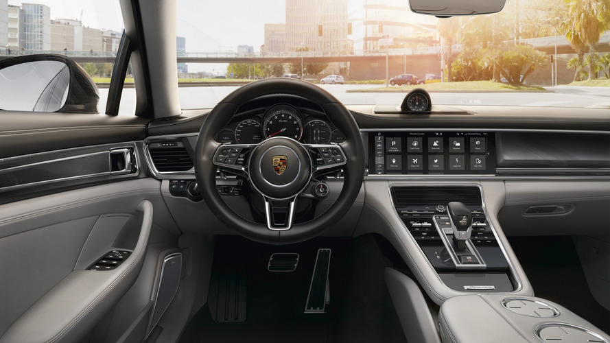 Porsche details how clever the 2017 Panamera's infotainment is