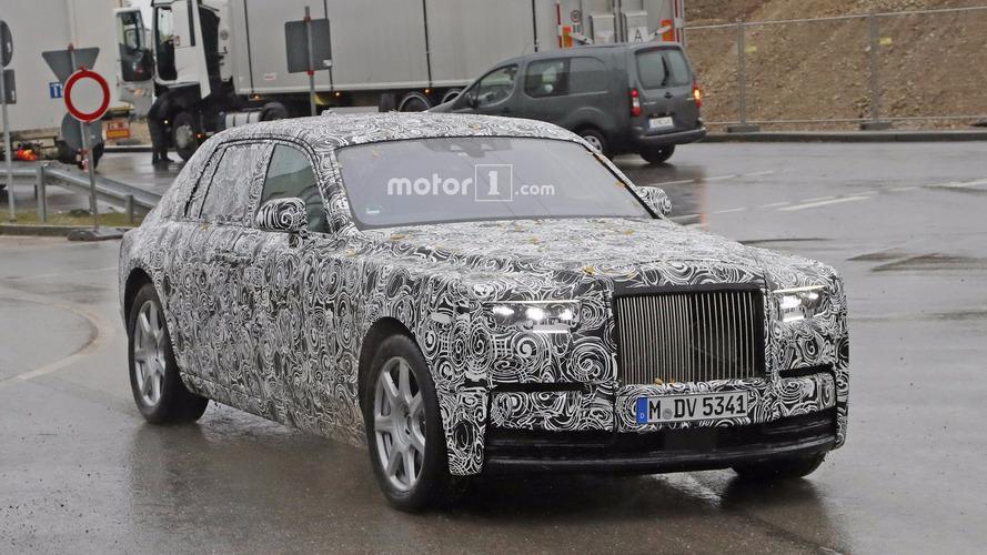 2018 Rolls-Royce Phantom prototipi kamuflajı azaltmış