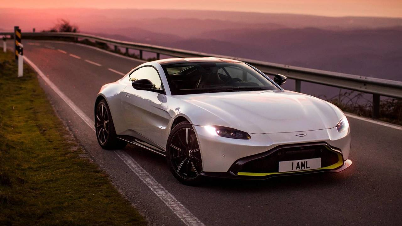 Aston Martin Vantage - Mercedes-AMG