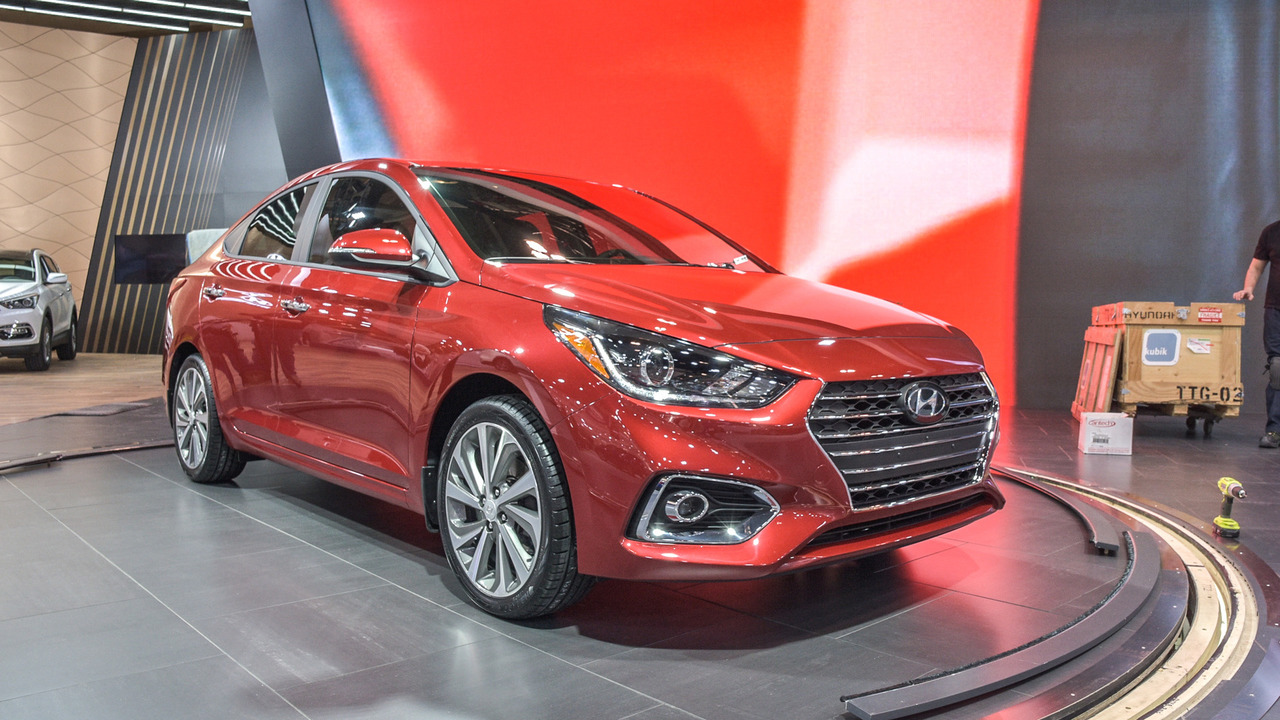 2018 hyundai accent unveiled at toronto auto show photos. Black Bedroom Furniture Sets. Home Design Ideas