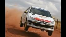 Peugeot vende novo 206 para Rallye por R$ 40mil com macacão de corrida e tudo