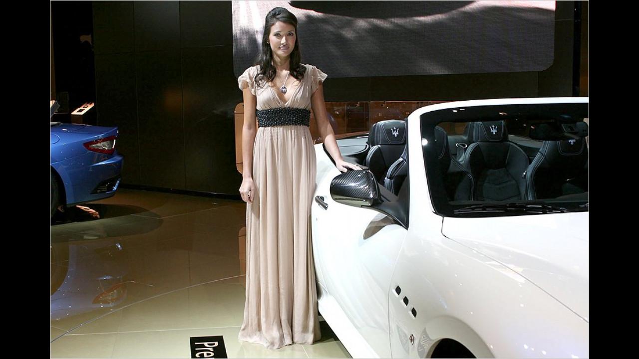 Klar, mit einem Maserati muss man auch standesgemäß gekleidet ankommen