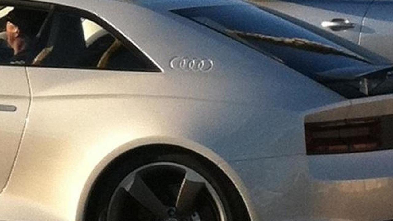 Audi quattro concept on the road in California partial photo, 600, 23.11.2010