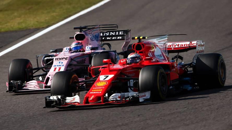 Kimi Raikkonen, Ferrari SF70H, dépasse Sergio Perez, Sahara Force India F1 VJM10