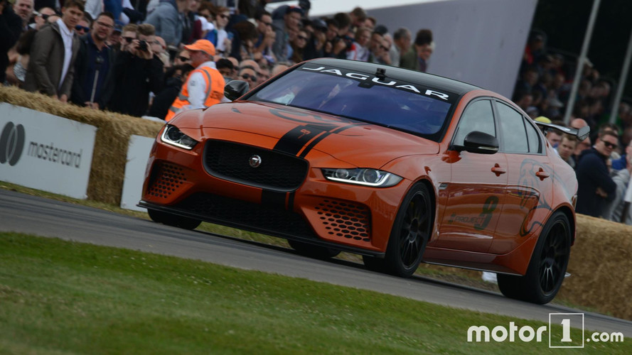 Goodwood 2017 - La Jaguar XE SV Project 8 de sortie !