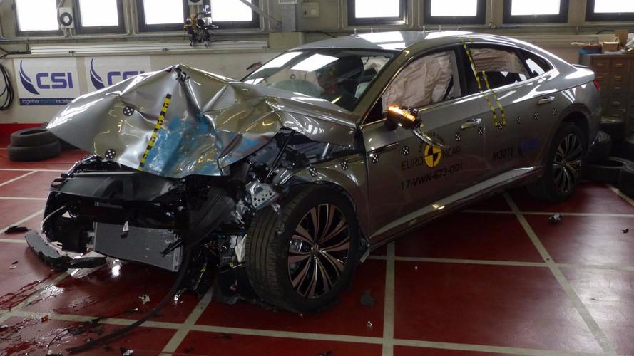 VW Arteon mostra todo o caminho até as 5 estrelas do Euro NCAP