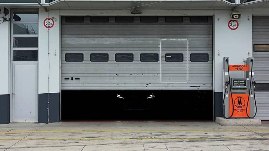 Skoda Kodiaq RS Teased Ahead Of Paris Motor Show Debut