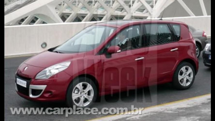 Nova Renault Scénic 2010 é flagrada sem disfarce - Visual é inspirado no Mégane