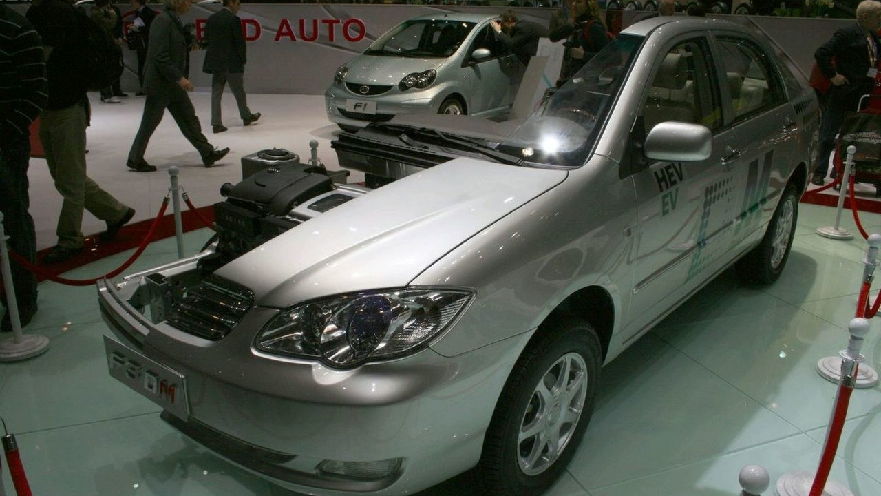 BYD present F3 DM electric research vehicle