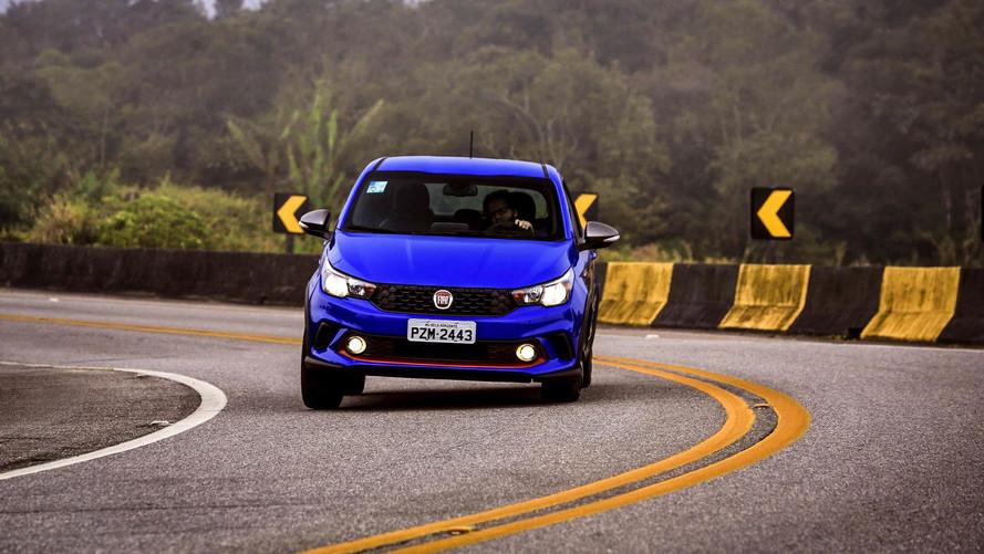 Donos de Fiat Argo e Toro agora podem agendar revisão por aplicativo