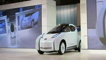 Nissan Land Glider EV concept live in Tokyo