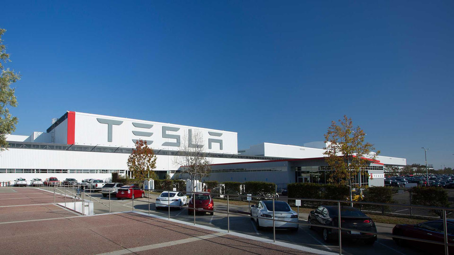 Report Says Tesla Workers Are Getting Hurt, Passing Out