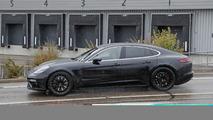 Bentley Flying Spur, Porsche kılığında görüntülendi