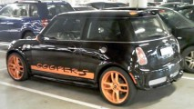 Flagrados: MINI Cooper S 'Porsche 911 GT3 RS' Edition e Rolls Royce Edition