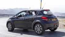 Um SUV menor que o Peugeot 2008? É o que indica esse protótipo flagrado