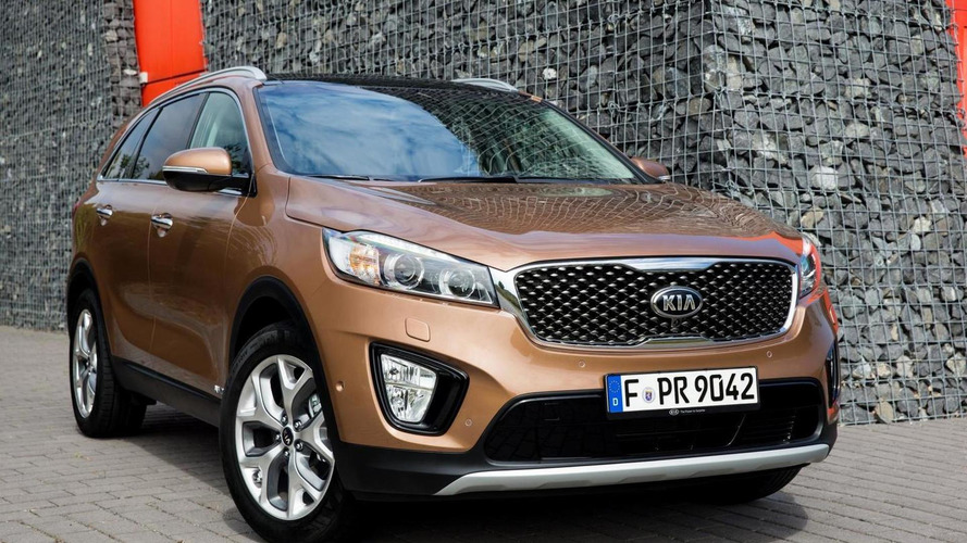 Euro-spec Kia Sorento gets detailed ahead of Paris