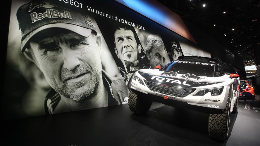 Peugeot 3008 DKR, ilginç görünümüyle Paris'e neşe getirdi