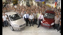 Felipe Massa visita a fábrica da Fiat e testa o novo Punto T-Jet de 152 cavalos