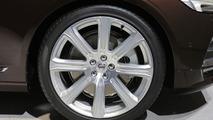 Volvo V90 blends style with practicality in Geneva