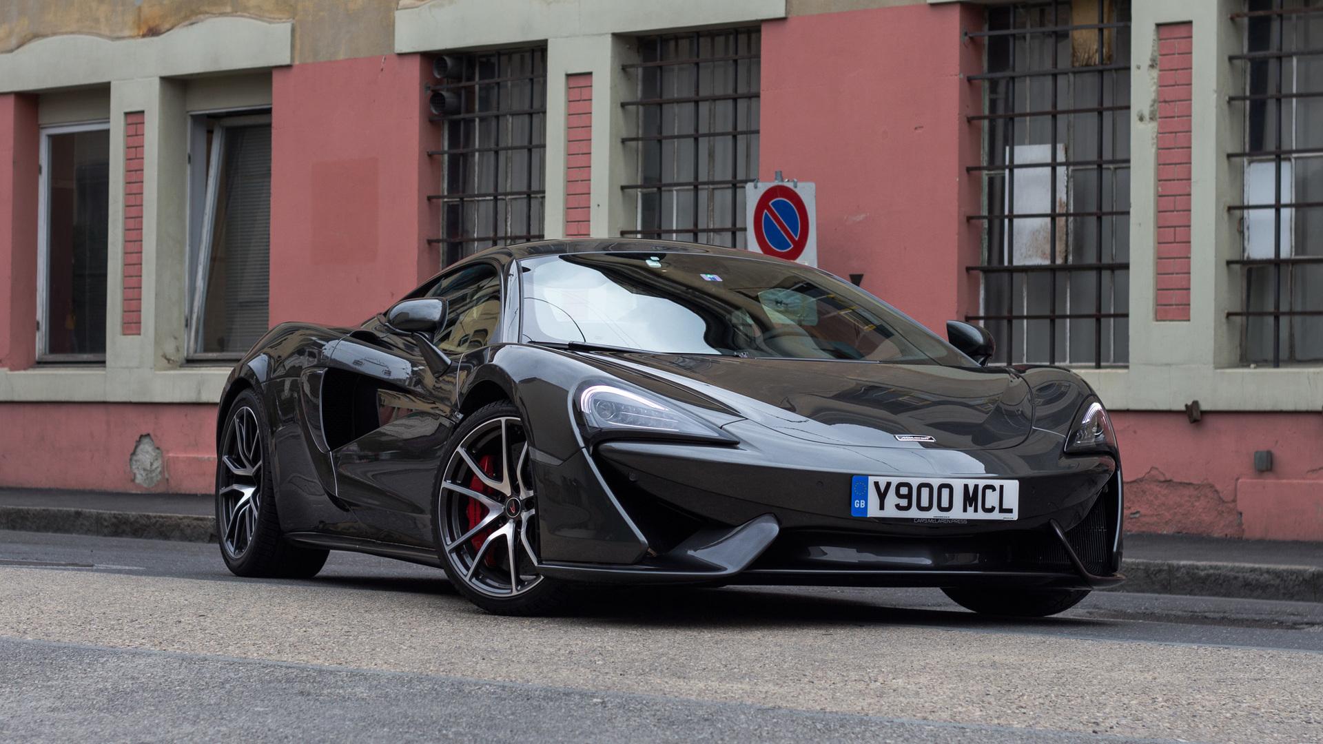 First Drive McLaren S - Gb sports cars zero