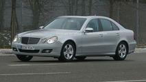 New Mercedes E-Class facelift spy photos
