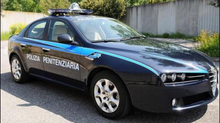 Auto blu all'asta: esplode il caso della Polizia Penitenziaria