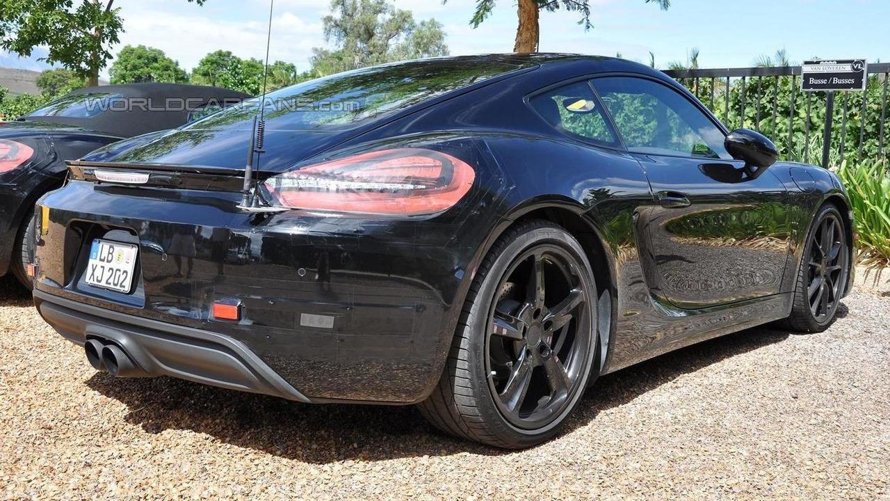 Porsche Cayman facelift spy photo