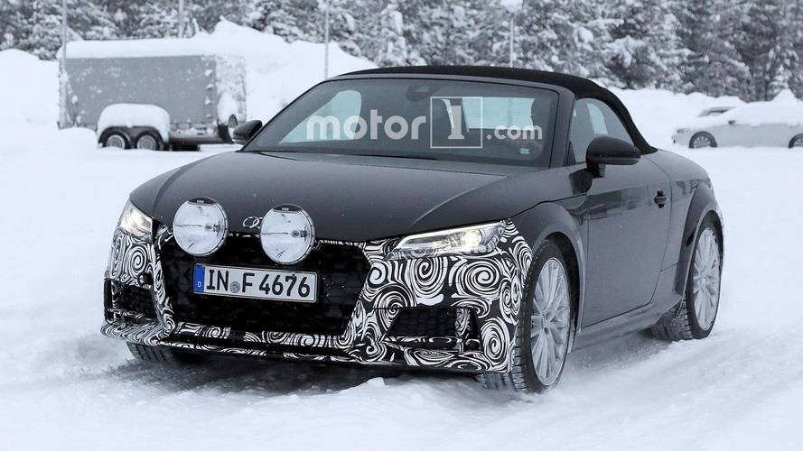 Refreshed Audi TT Roadster kicks up snow during testing