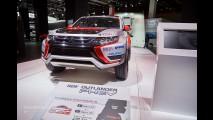 İşte Avrupa İçin Yüzü Yenilenen Mitsubishi Outlander Ve Muhteşem Ralli Versiyonu