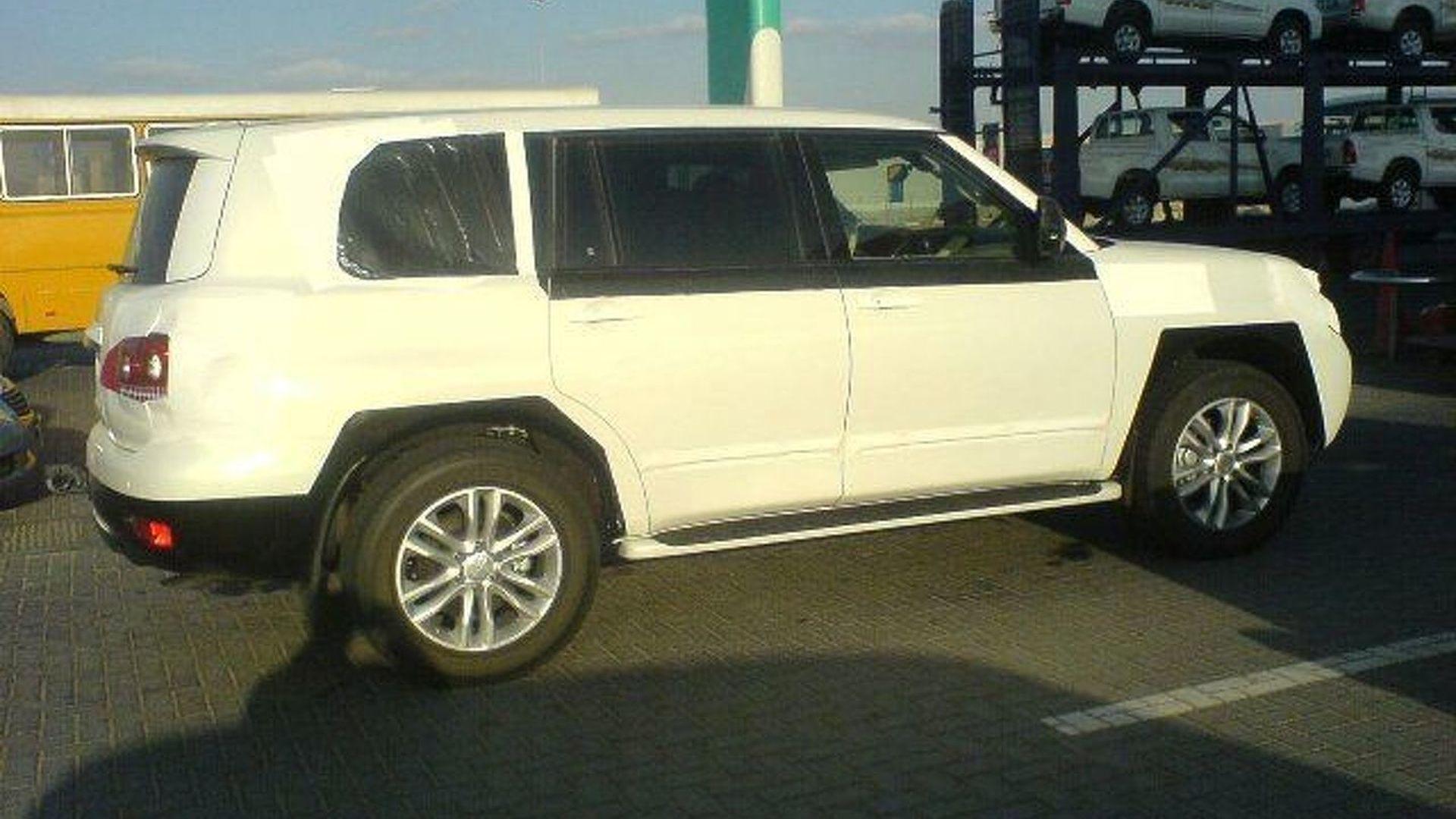 All New 2010 Nissan Patrol / Safari Interior Spy Photos in ...