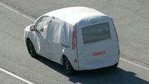 Renault Kangoo & Citroen Berlingo Spy Photos