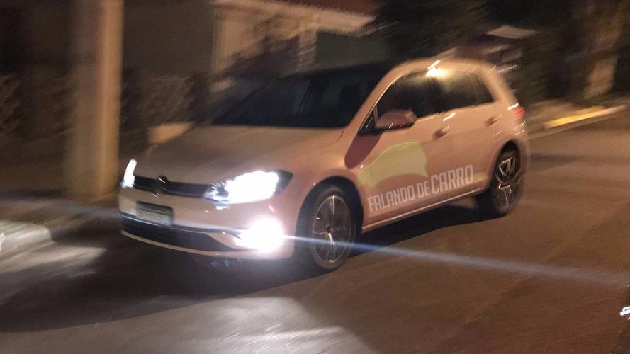 Flagra! - VW Golf reestilizado deve chegar ainda no primeiro semestre