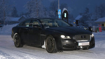 Jaguar XJ facelift spy photo