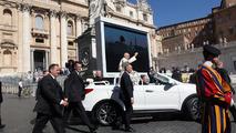 Hyundai Santa Fe Convertible Popemobile