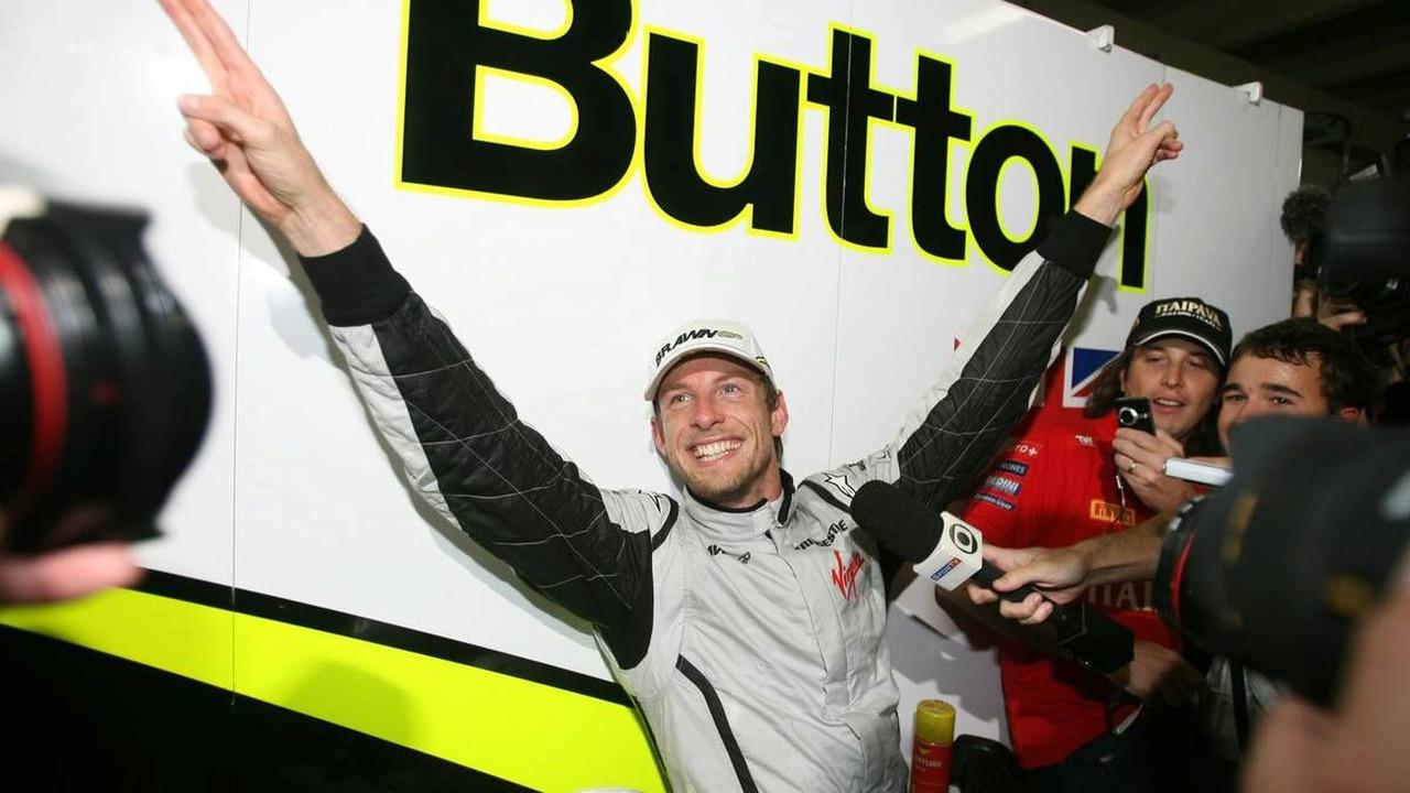 Jenson Button (GBR), BrawnGP wins the Formula 1 World Championship, Brazilian Grand Prix, Sunday, Sao Paulo, Brazil, 18.10.2009