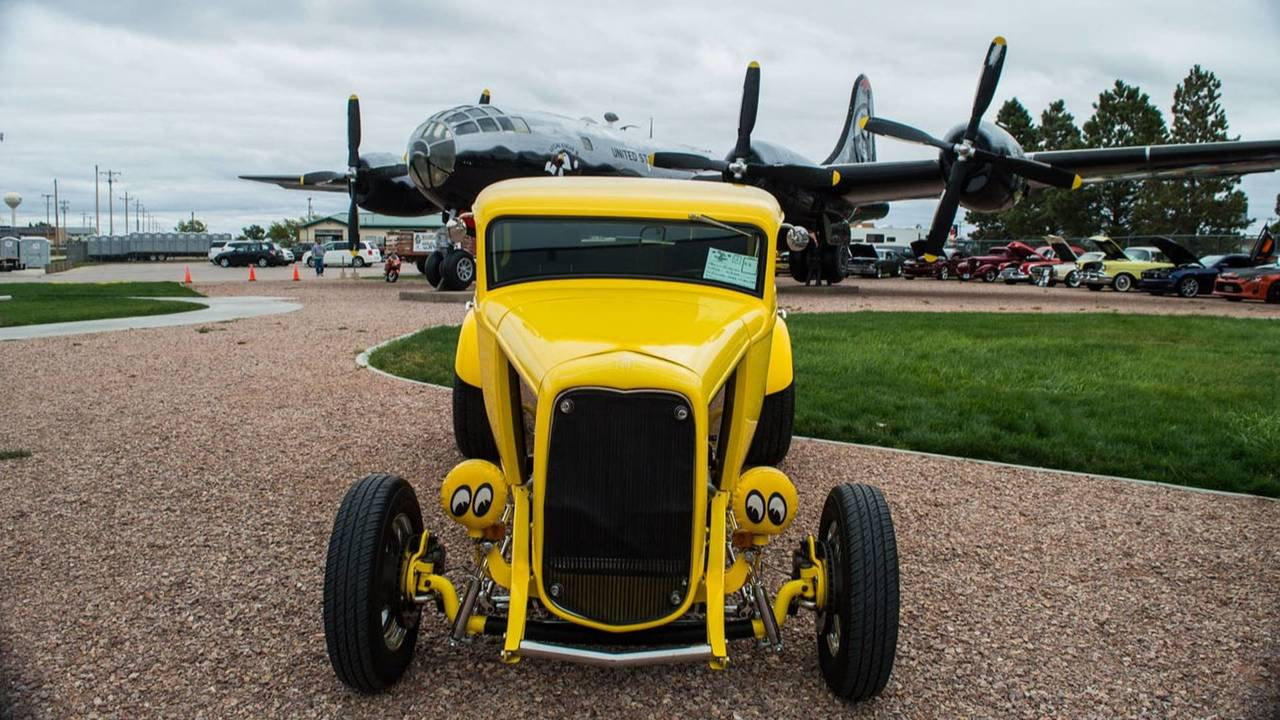 1932 Ford: Deuce Coupe