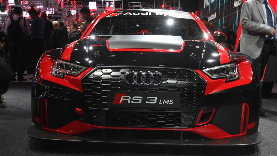 Audi Sport, RS3 LMS yarış aracının örtülerini kaldırdı