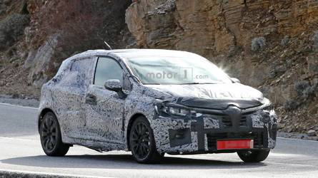 2019 Renault Clio Spied Ahead Of Possible September Debut