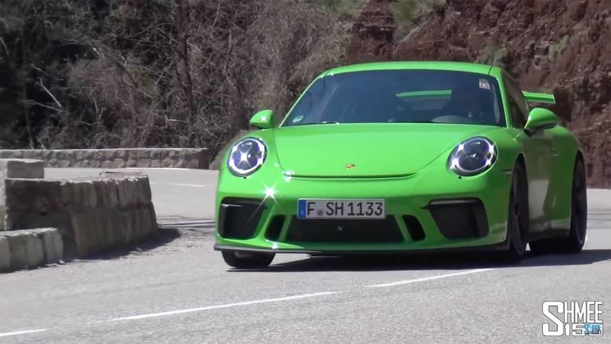 Porsche 911 GT3'ün tünellerde yankılanan sesini dinleyin