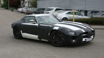 Mercedes SLS AMG Gullwing in white first spy photo