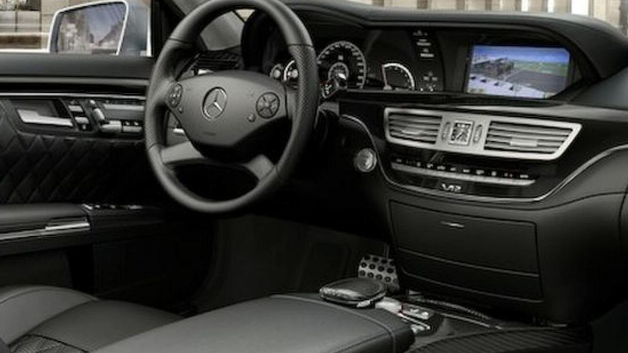 2010 mercedes s63 amg s65 amg facelifts revealed photos. Black Bedroom Furniture Sets. Home Design Ideas