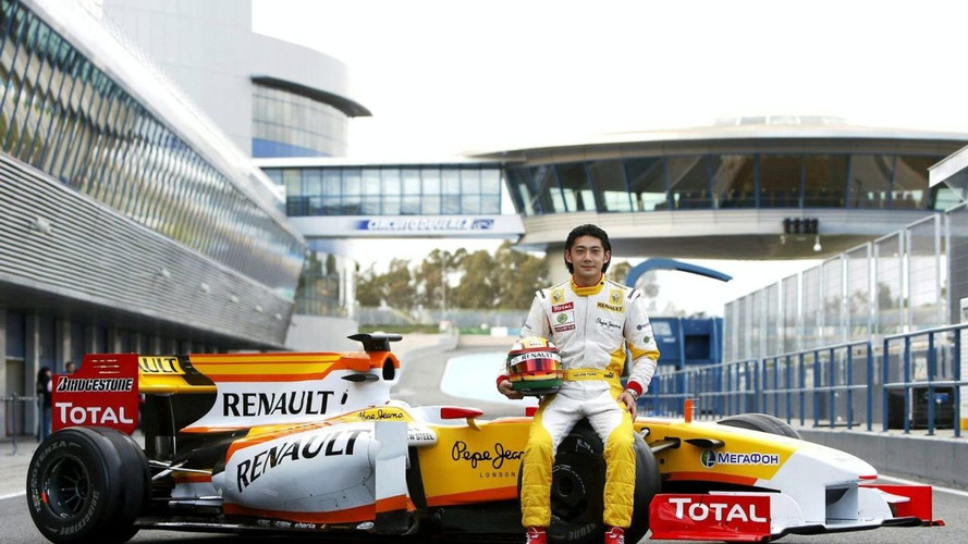Tung still in running for Renault race seat