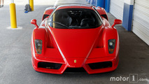 KVC Ferrari Enzo shooting improvisé