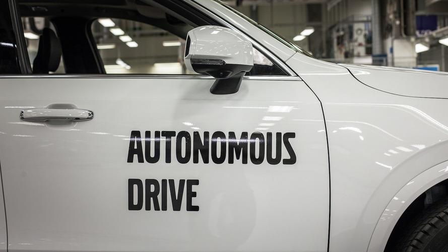 Google's generosity sees staff leave self-driving biz